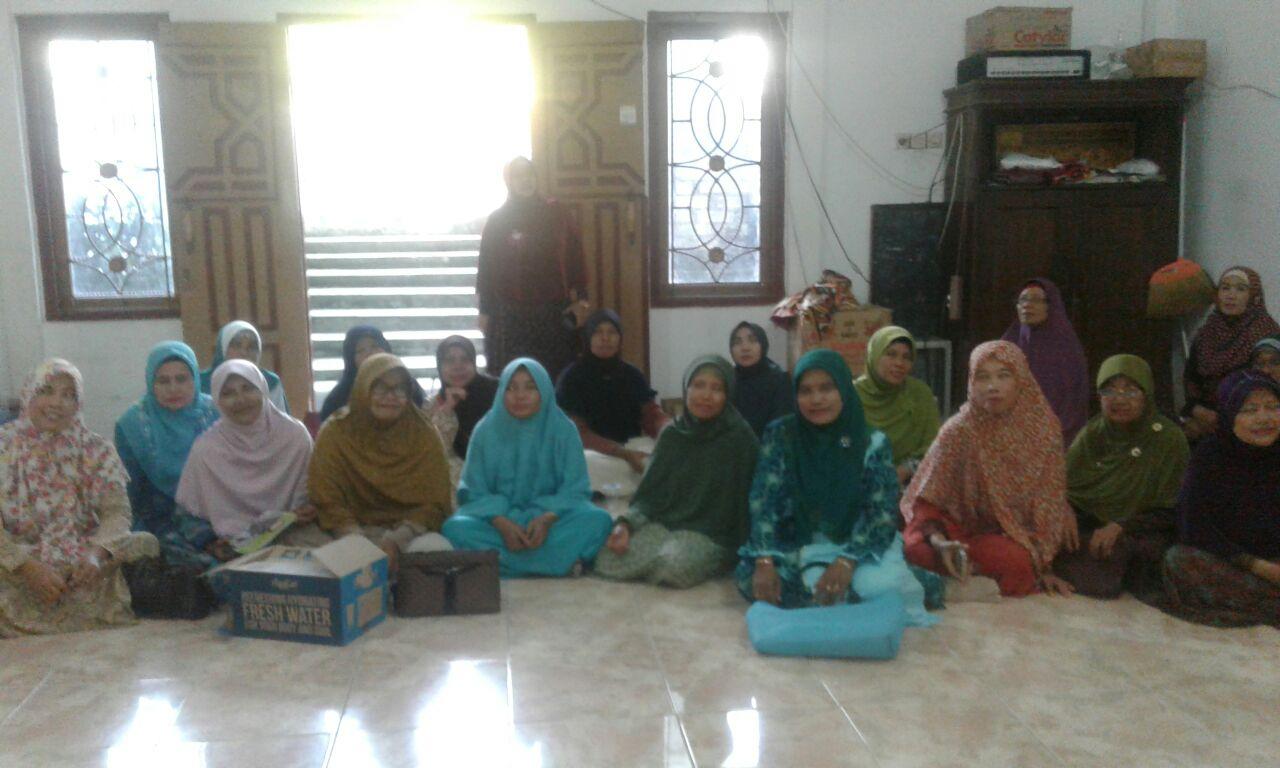 Pertemuan rutin Pimpinan cabang 'Aisyiyah Baureno pada tanggal 18 November 2016 di Gedung Darud Dakwah