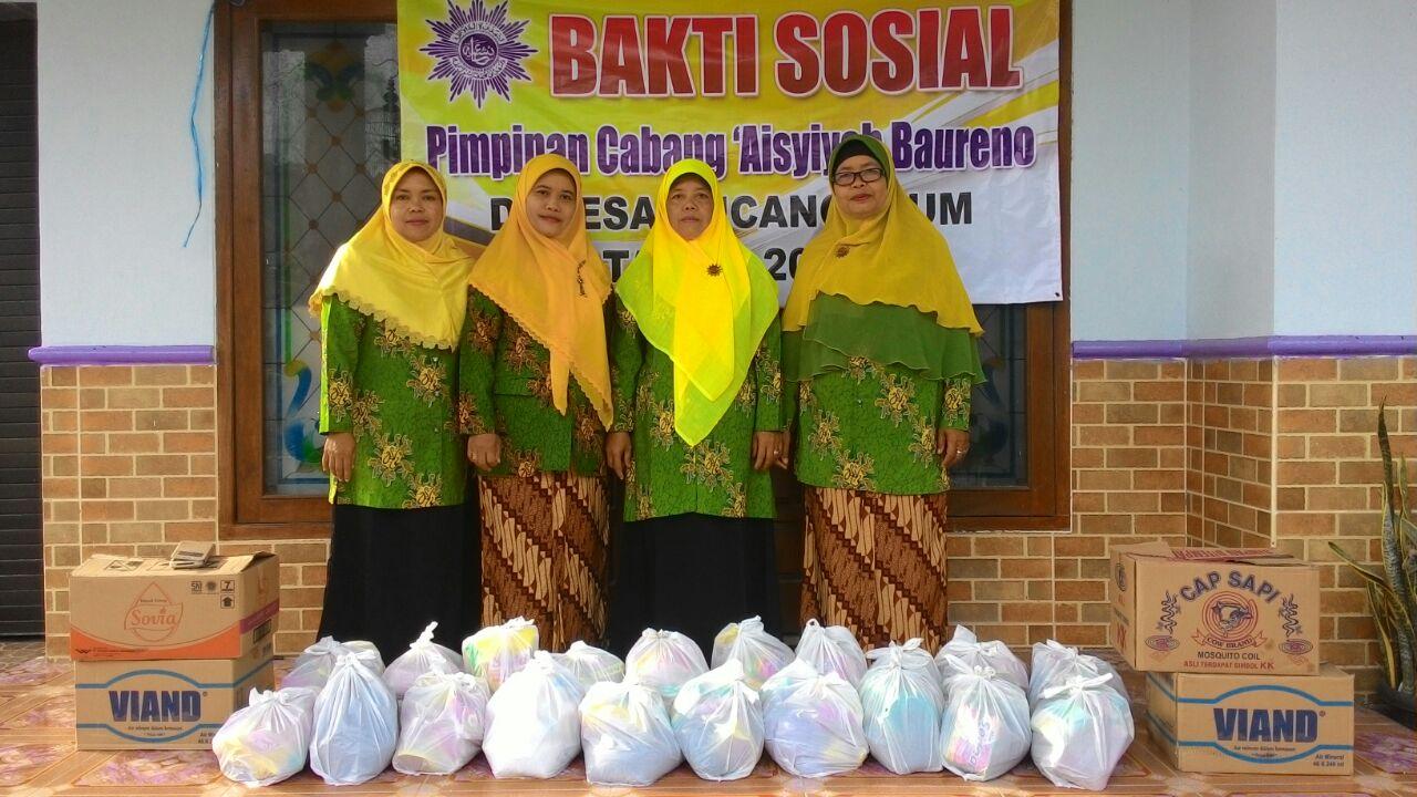 PCA Baureno memberikan santunan kepada korban banjir di Desa Pucangan-Baureno